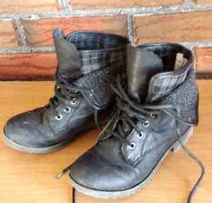 Girls size 3 Black Boots
