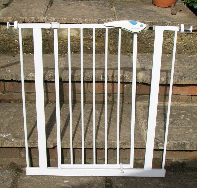 Lindam Child S Safety Gate Wide Suits External Door Opening In