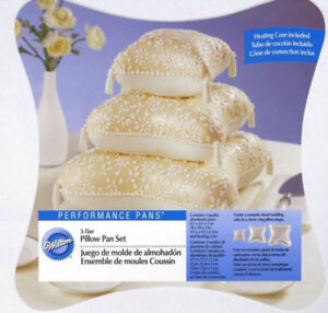 New Wilton Pillow Cake Pans (set of 3)