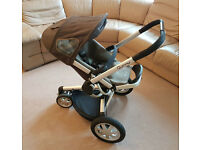 Quinny Buzz 3 buggy. With original box and Maxi Cosi adapters. Rarely used. St Albans, Hertfordshire