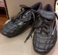 Chaussures de soccer avec crampons RBK pour enfant