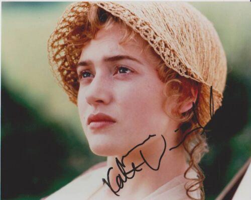 Kate Winslet SIGNED Sexy Actress 10x8 Photo PHOTO T COA