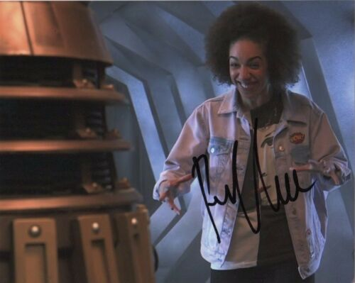 Pearl Mackie Doctor Who Autographed Signed 8x10 Photo COA #G5