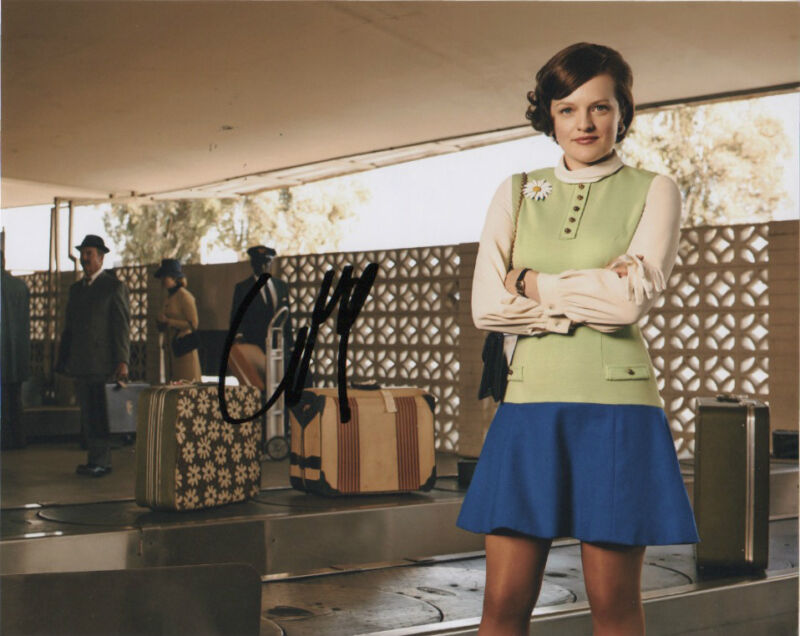 Elisabeth Moss Autographed Signed 8x10 Photo COA #5