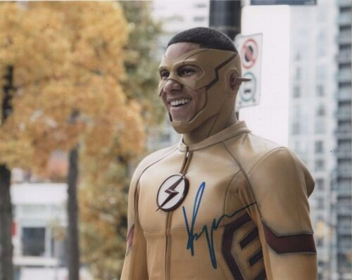 Keiynan Lonsdale The Flash Autographed Signed 8x10 Photo COA #A1