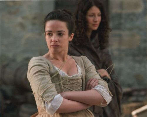 Laura Donnelly Outlander Autographed Signed 8x10 Photo COA #6