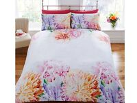 Floral duvet brand new in Single, Double & King