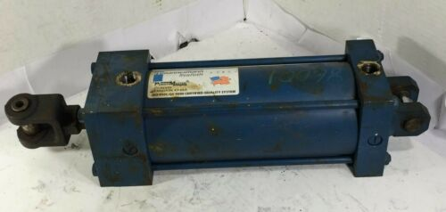 1 USED REXROTH C-MP1-PP-C HYDRAULIC CYLINDER 250 PSI ***MAKE OFFER***