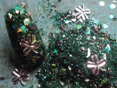 Shamrock Nail Art (glitter mix acrylic gel nail art  PURE LUCK  St. Patrick's   SILVER SHAMROCKS  )