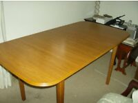 DINING ROOM TABLE WHICH EXTENDS