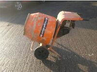 BELLE MINIMIX 150 CEMENT MIXER HIRE IN MERSEYSIDE AREA £30.00 A WEEK (Petrol or Electric)