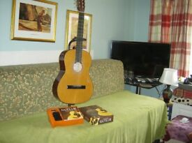 HOHNER GUITAR WITH BOOKLET AND TUNER PLUS THE STAND