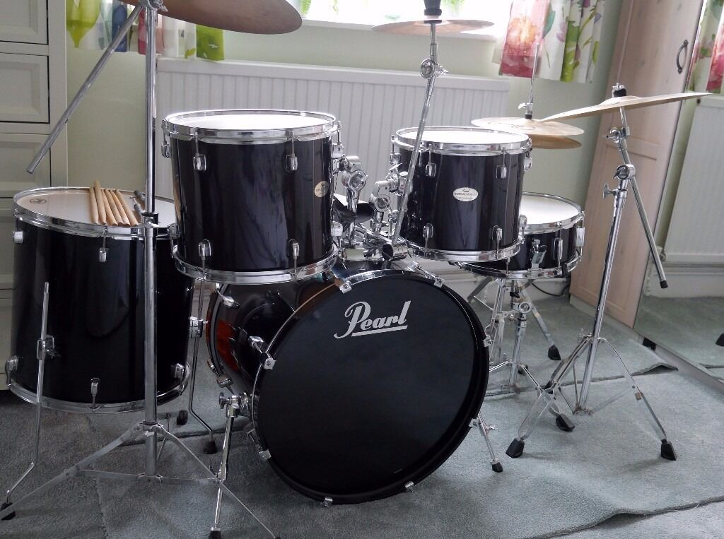 pearl forum series drum kit never gigged in derby derbyshire gumtree. Black Bedroom Furniture Sets. Home Design Ideas