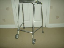 COOPERS WALKING FRAME