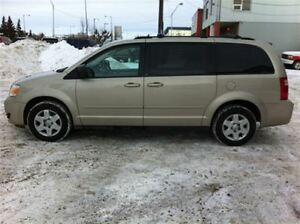 2009 Dodge Grand Caravan FULL STOW&GO  NICE VAN