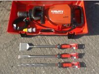 HILTI TE1000-AVR HEAVY BREAKER/DEMOLITION HAMMER 110v (c/w Case x3 New Chisels)