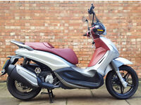Piaggio BEVERLY 350 ST, Immaculate condition. Low mileage with extras