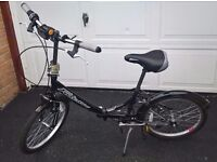 Falcon Folding Bike - Ideal for commuting, storing in small spaces or in a car boot