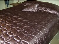 Quilted lightly padded Bedspread / Bed Throw-large. Plum coloured Matching square cushion. Ex. cond.