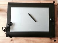 Graphics Design tablet- Wacum Intuos 4XL - WILL SWAP- OPEN TO ALL OFFERS