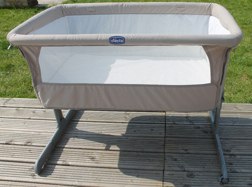 Chicco Next2Me bedside (side sleeping) crib in Dove Grey with sheets Excellent Condtionin Somersham, CambridgeshireGumtree - Chicco Next2Me bedside (side sleeping) crib Excellent condition! Dove Grey colour Disassembled sections shown in photos these are all packed in the box, with the instructions Dropside allows for bedside use All material sections have been washed...