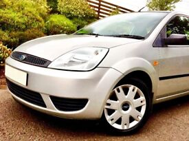 Very desirable striking Fiesta with cheap car insurance.at a fantastic price.