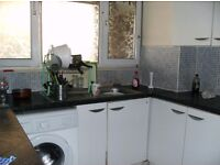LOVELY 3/4 BEDROOMS FLAT IN MILE END