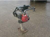 "MBW GROUNDPOUNDER R420H TRENCH RAMMER/WACKER PLATE (11"" Foot Honda Engine)"