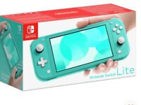 Nintendo Switch Lite Handheld Console + 1 game - Turquoise