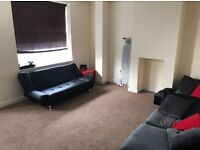 Large furnished double room in Bromley - BILLS INCLUDED (excellent transport links)