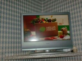 """SONY 20"""" SCREEN TELEVISHION AND REMOTE FULL WORKING ORDER"""
