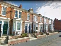 **EXCELLENT: 2 Bedroom flat only £80 pw, Brilliant Location, READY TO LET **ACT NOW to secure!
