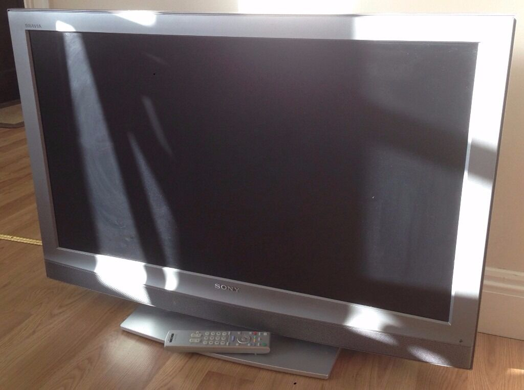 Sony 40 Tv Model Kdl40u 2000 With A Fault In Ringwood Hampshire