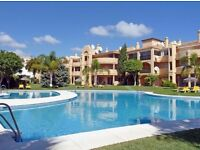 Two bedroom apartment in a fantastic location, high in Calahonda (Mijas Costa)