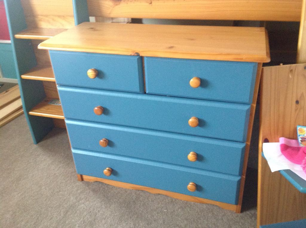 Solid Pine Verona chest of drawers