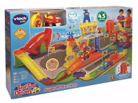Brand new in box unopened Vtech TOOT-TOOT SUPER RC RACEWAY