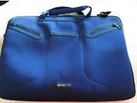 BLUE EVECASE LAPTOP BAG