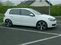 2012 Golf 1.6Tdi In White , £30 to tax, One Owner Uk Company Car.