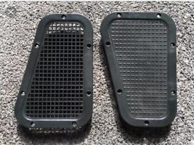 Land Rover Defender Top Wing Air Vents, Pair, Brand New, £20