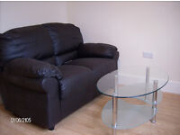 FUNKY STUDIO/1 BED FLAT+SUIT 1 SINGLE OR COUPLE+ CLOSE BUSES +SHOPS+BARS & EATERIES+ZONE 2 TUBE+