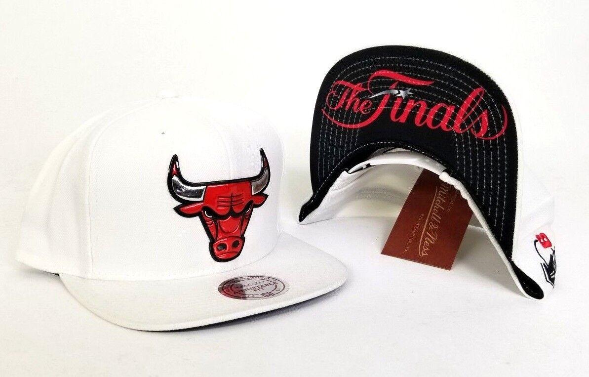 Exclusive Mitchell   Ness NBA White Chicago Bulls