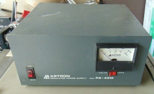 Astron RS-35M Table Top 12V Power Supply w Meter