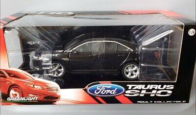 Greenlight - 2010 Ford Taurus SHO 1:24 Diecast