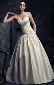 Paloma Blanca Silk Wedding Dress size 10 Floor sample gown