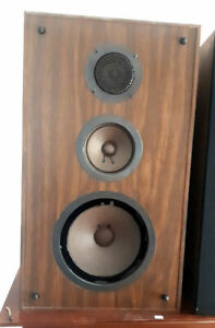 Vintage 1970's Canadian Audiosphere Research Stereo Speakers