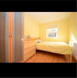 Bedroom available near the town centre