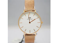 Brand New Daniel Wellington Petite Women's Watch Gold and White