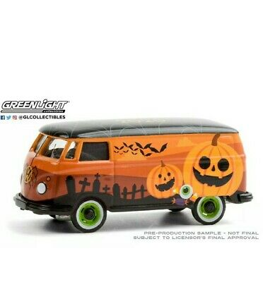 GREENLIGHT VOLKSWAGEN TYPE 2 PANEL VAN Halloween 2020 Pre-Order 1/64 30220