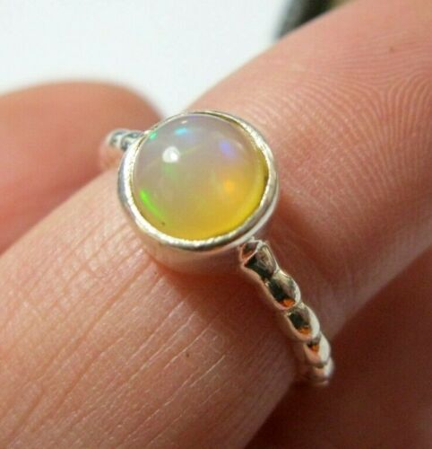 Beautiful Jewellery Sterling SILVER Real Yellow Fire Opal Gem Stone Ring O 7