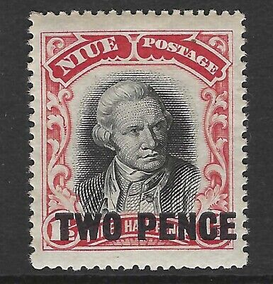 NIUE :1931 2d on 1 1/2d black and red SG50 MNH